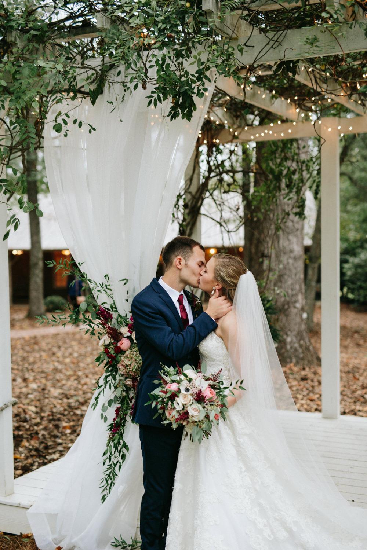 JohnOliverMichaelHousewedding-2073.jpg