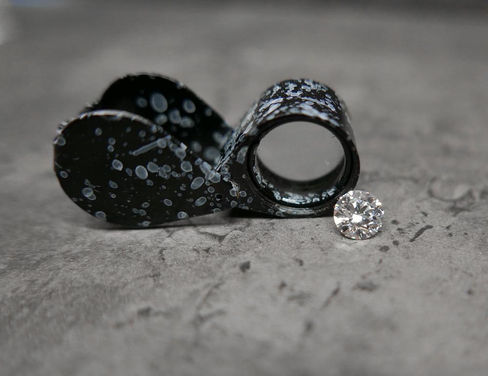 Geminfinity_5-conseils-dexpert-pour-acheter-un-diamant.jpg