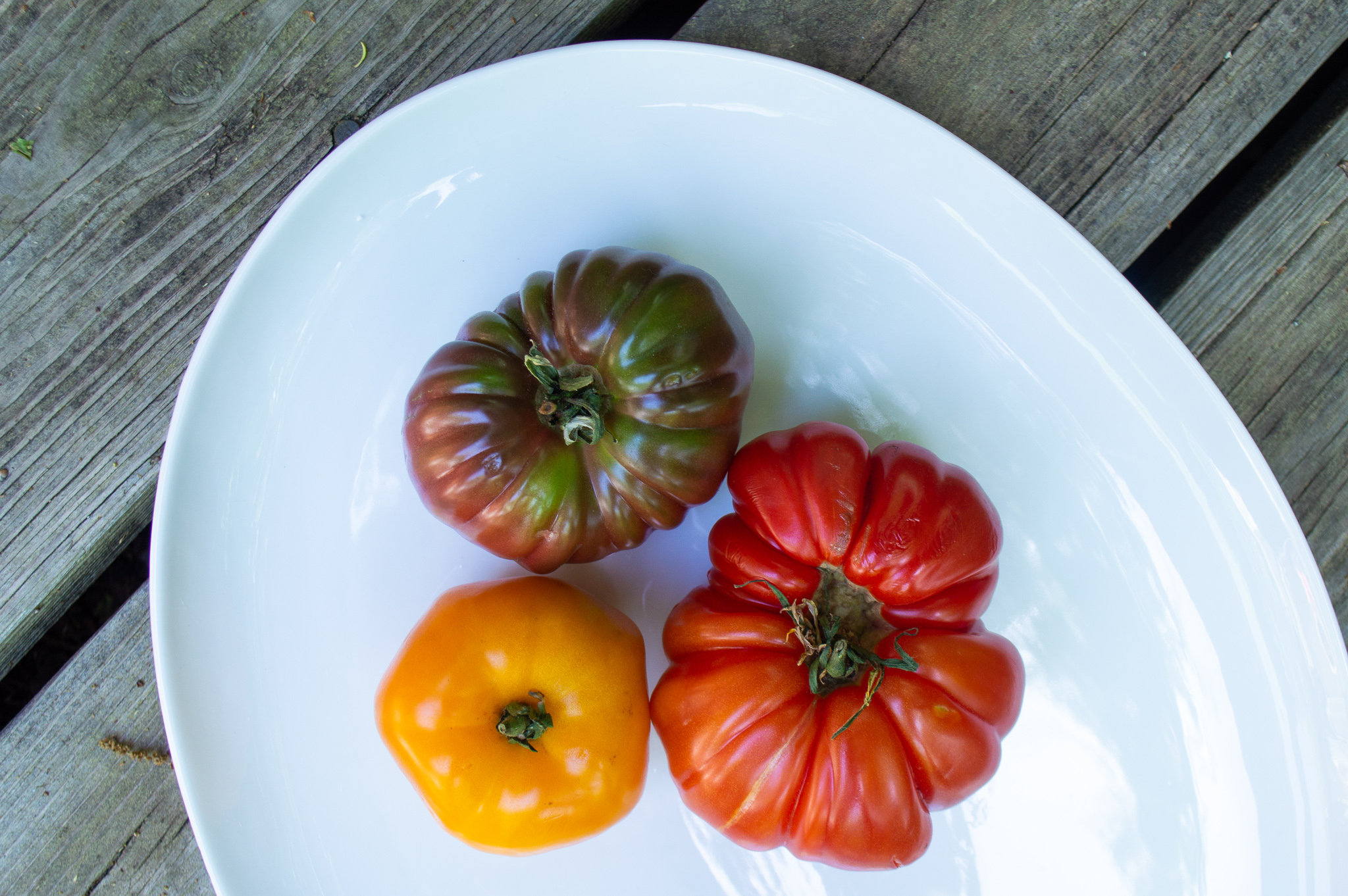 veggies that are actually fruits - Tomatoes, avocados, zucchini, peppers, squash, eggplant
