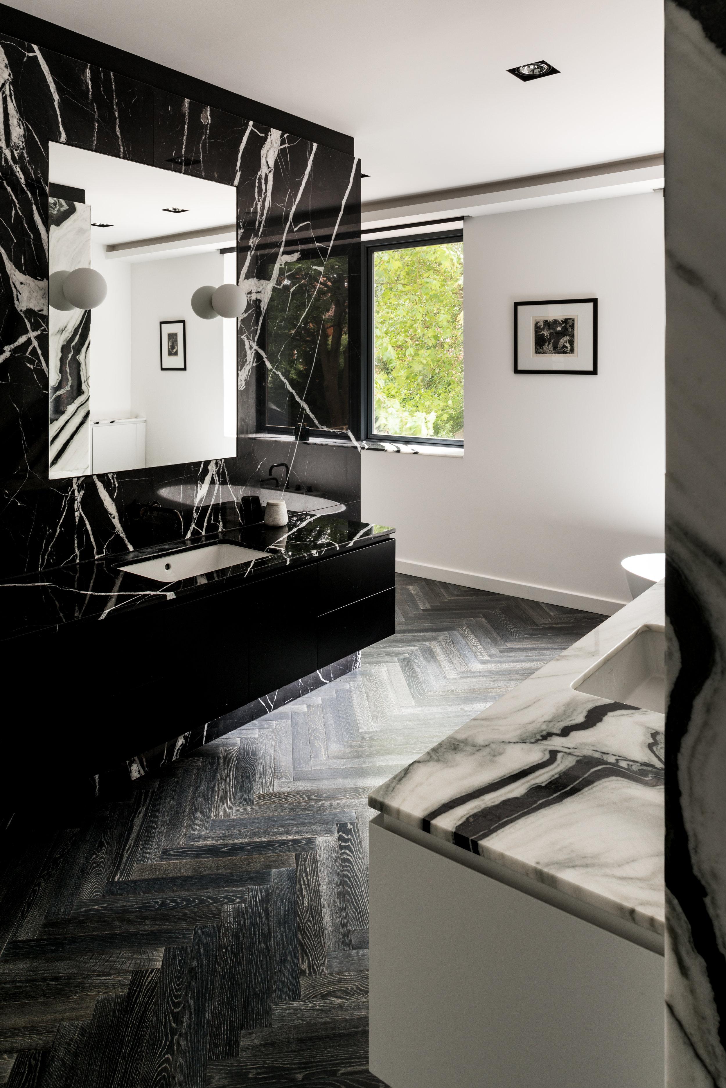Luxury Bathroom Award Winner - MW Architects