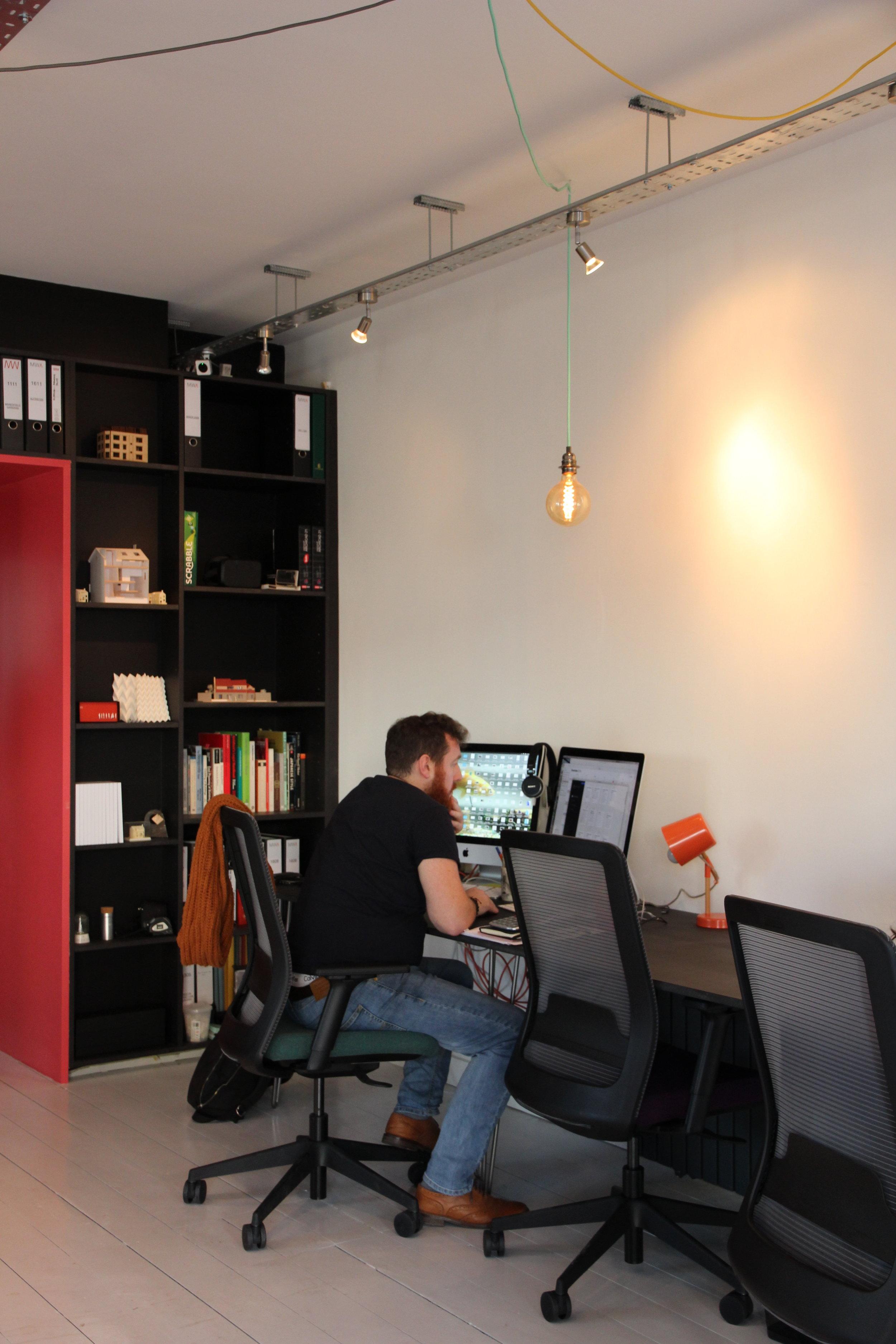 Side Desk MW Architects Studio