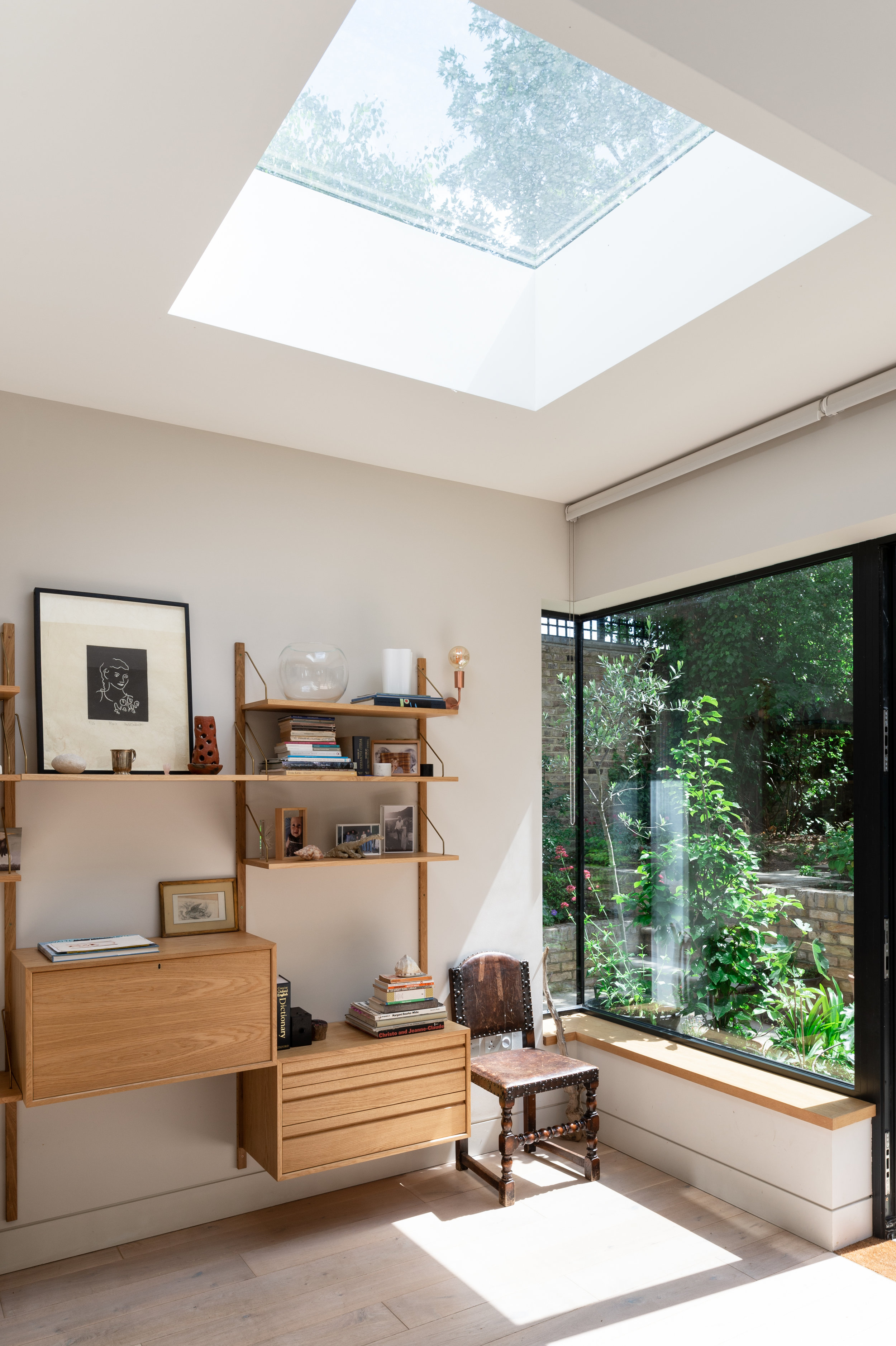 Elgin Avenue Corner Window - MW Architects