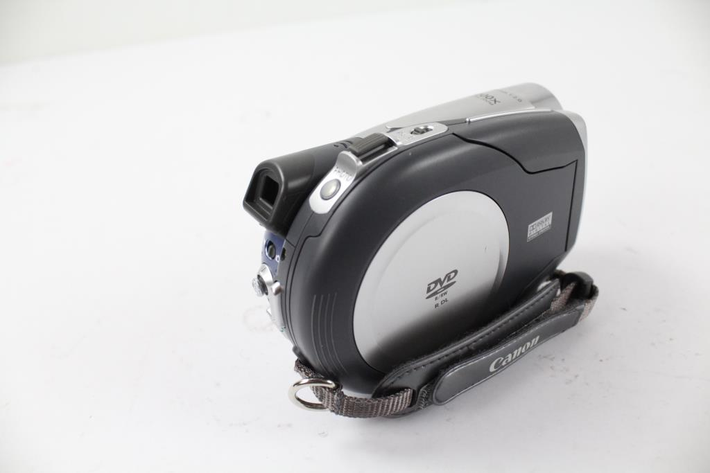 canon-dc210-mini-dvd-video-camera-1_252201618127754451.jpg