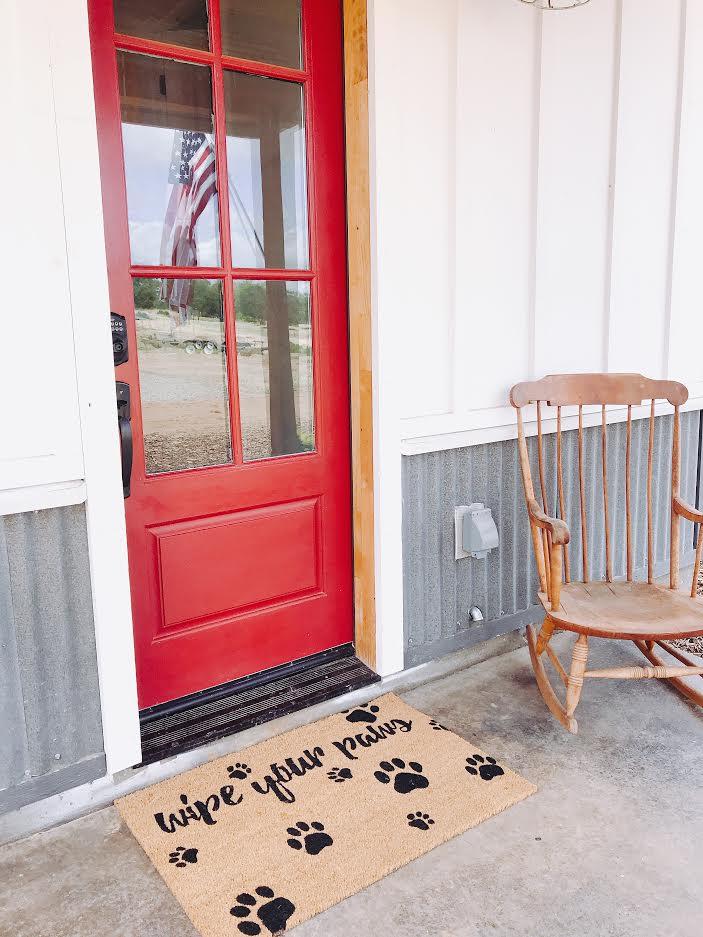 Farmhouse porach #porchdecor #summerporch #redfrontdoor #reddoor