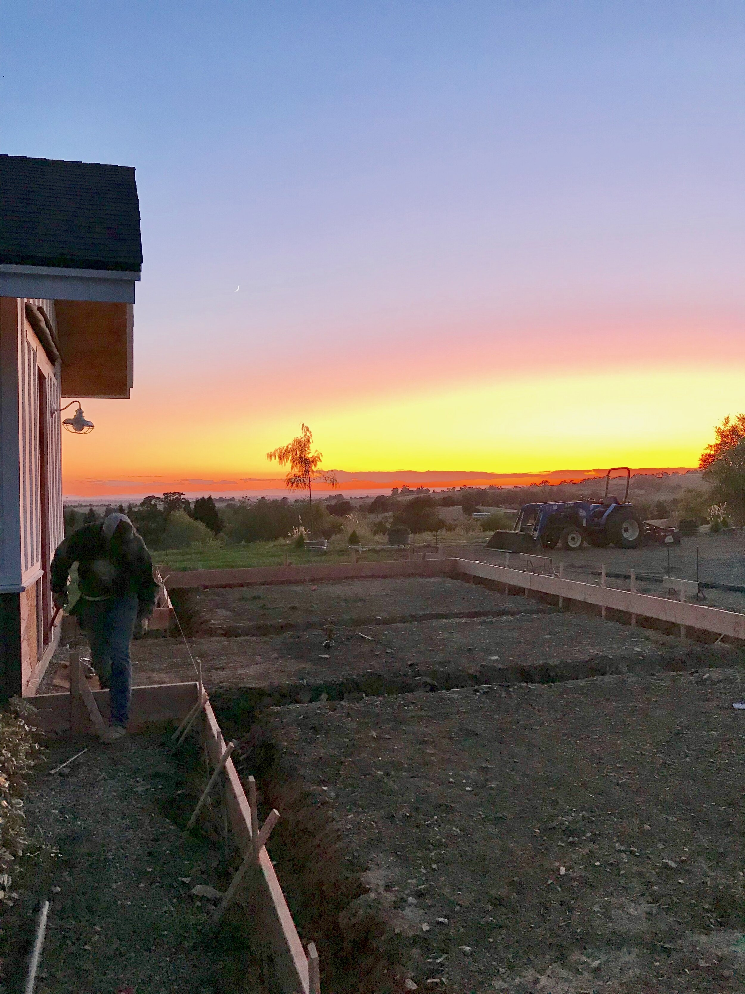 Home Building #farmhouse, #modernhouse, #diy, #diyconstruction, #homesteading, #homeviews, #whitefarmhouse, #farmhouselove, #fixerupper, #diy #diyhomeprojects, #diyhomedecor, #diyfarmhouse #homebuild, #homebuilder, #farmhouseview #farmhousegoals #homebuilding, #construction, #modernfarmhouse, #building, #dreamhome, #diyhome, #renovation, #concrete, #customhome, #architecturelovers, #homedepot, #homeimprovement, #instahome, #dreamhome #concrete, formboards, #concreteprep, #diyconscrete