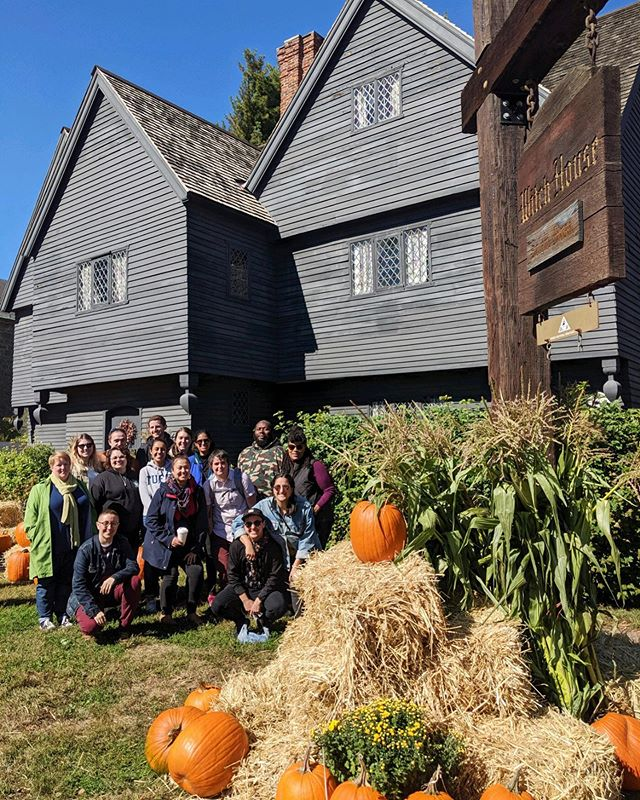 Adults can go on field trips too! Loved this group of coworkers + friends who JUST wanted to go on a field trip together and made it happen! Today, I'm headed out on our half-day Up With Witches! Field Trip and am so excited to take them inside three of my fave Witch City museums, including this one??(AKA The Witch House). If you have a private group big or small that you want to spend time with in a special way, don't hesitate to reach out! ?????? #witchcity #adult #fieldtrip #neverstopexploring #salem #witchesofinstagram