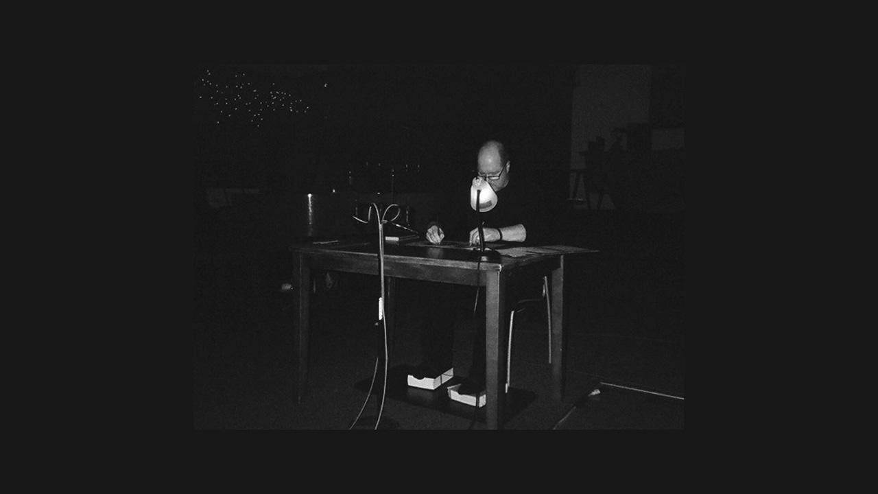 Vanessa Tomlinson - Still and Moving Paper (2014)