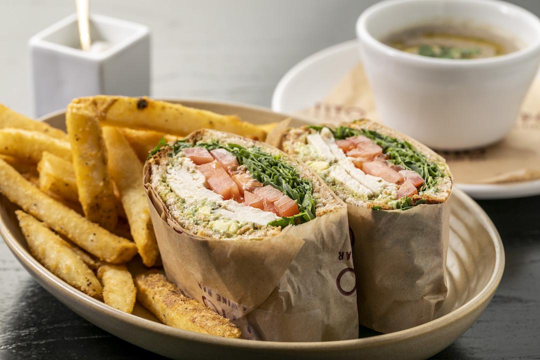Grilled Chicken Sandwich (2).JPG