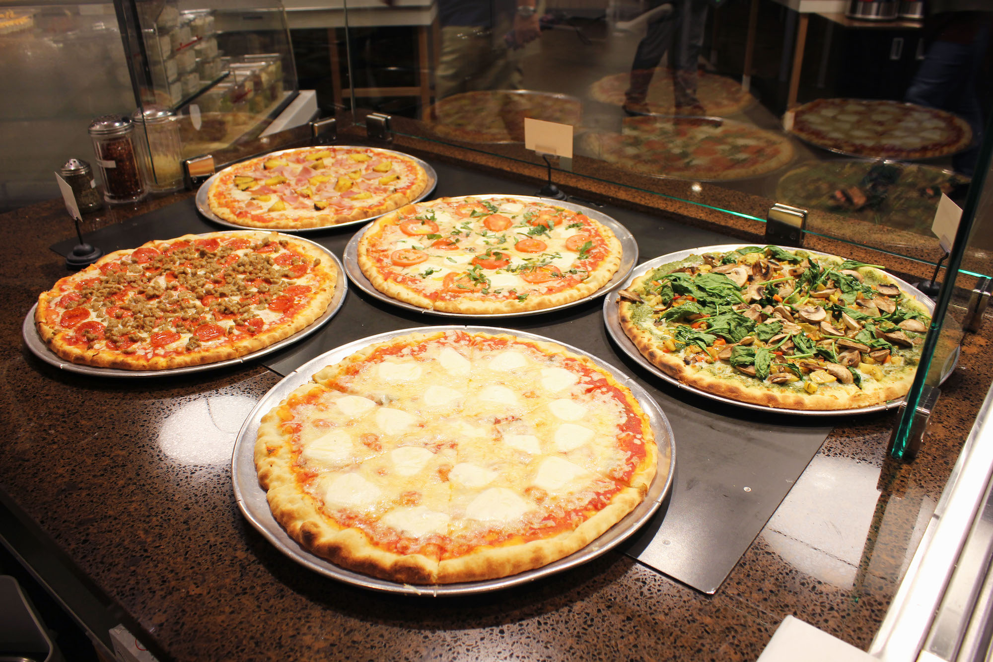 Pizza Bar 1.jpg