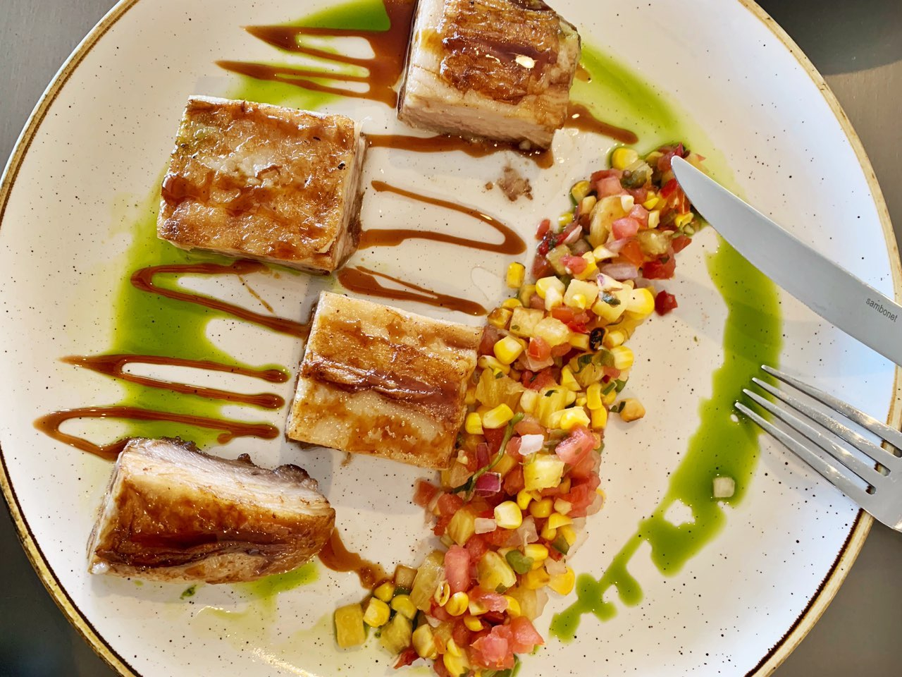 This image does not reflect actual entrée. Actual entrée may vary due to weekly changes in menu.