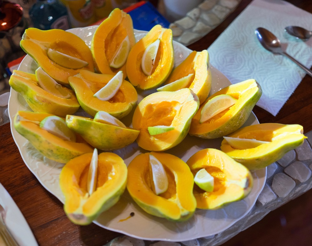 hawaii_food_1.jpg