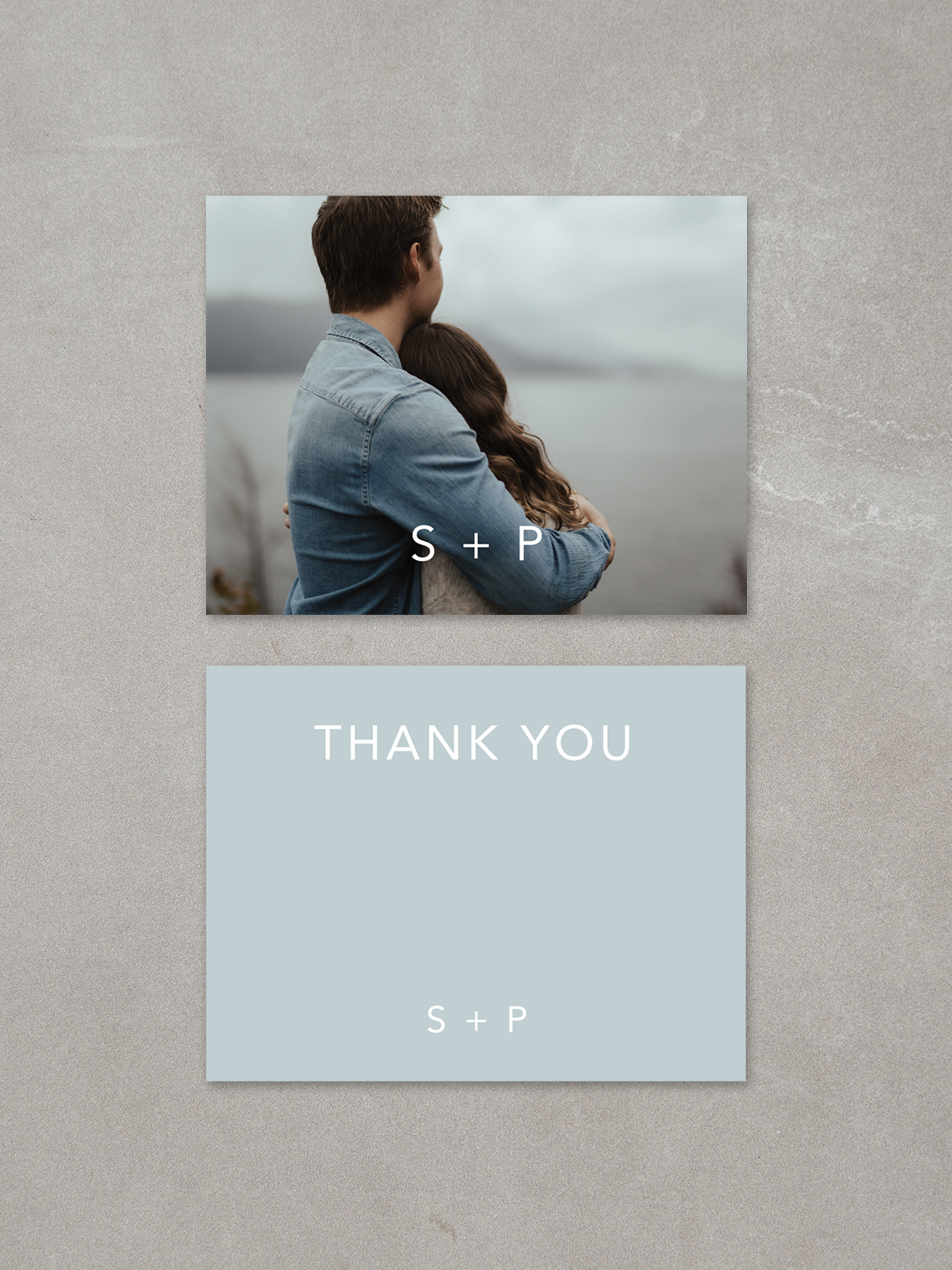 Forelsket // Thank You Card in fog ink background