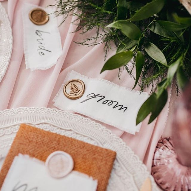 Wax seals every which way!  Loved creating this wax seals with @momentsbymadeleineyyc and then seeing them captured by @kadiehummelphotography for @thewildonesworkshop! * * Workshop: @thewildonesworkshop Co-host & Styling: @momentsbymadeleineyyc Co-host & Lead Photographer: @kadiehummelphotography Floral Design: @flowersbyjanie Videographers: @summitweddings Stationery: @bexleydesignco Rentals: @modernluxerental Desserts: @prettysweetyyc Venue: @storm_mountain_lodge * * *  #wedding #intimatewedding #featuremeoncewed #weddingseason #theknot #greenweddingshoes #weddingwire #weddinginspo #weddingchicks #bridalmusings #stylemepretty #colorfullife #weddingpalette #weddingcolours #weddingcolorinspiration #weddingstyle #modernbride #stationerylove #paperlove #paperaddict #waxseal #waxseals #waxsealstamp #weddingtable #placecards #weddingmenu