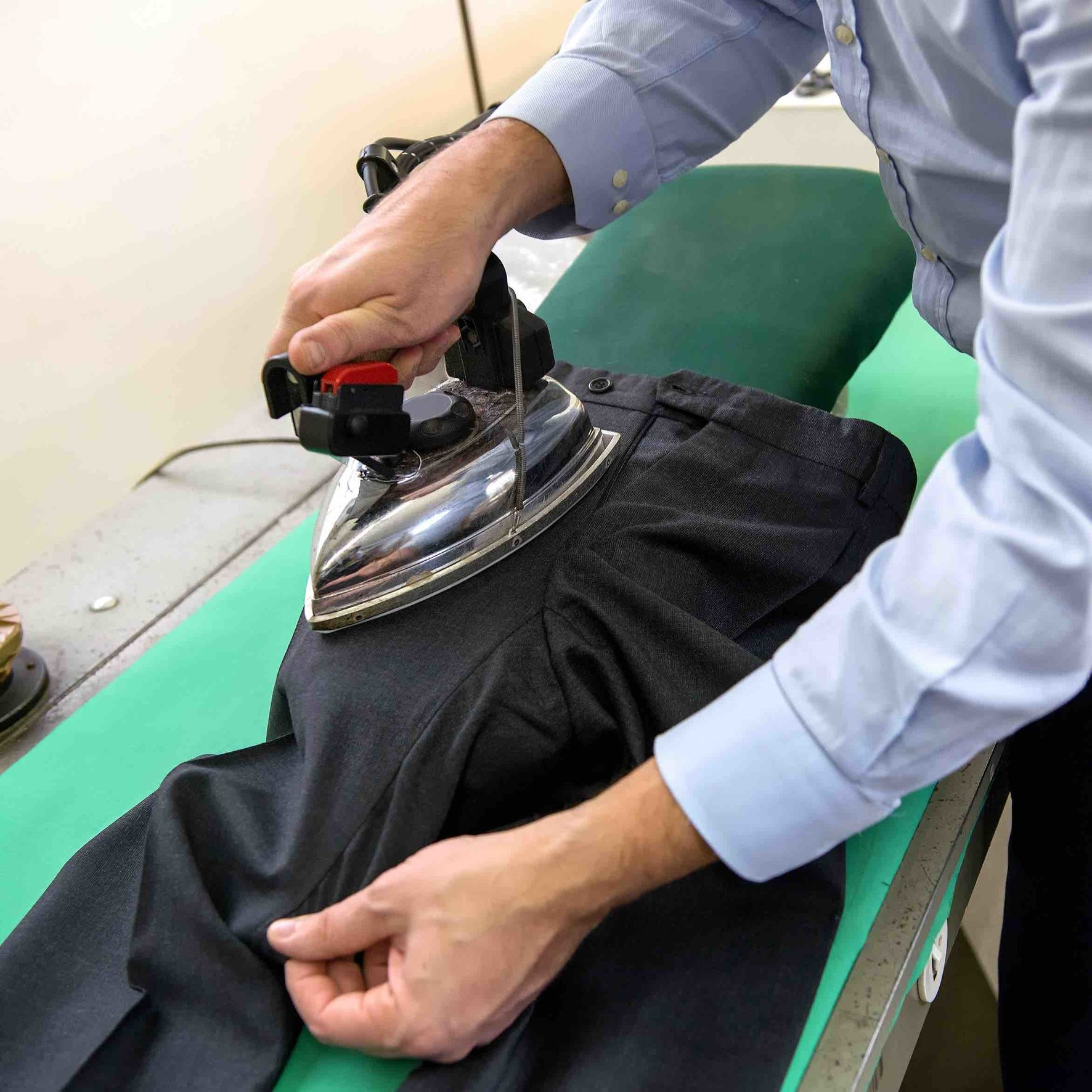tailored-pants-pressing