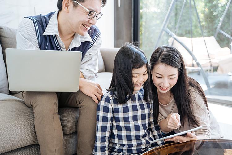 Asian-family-750.jpg