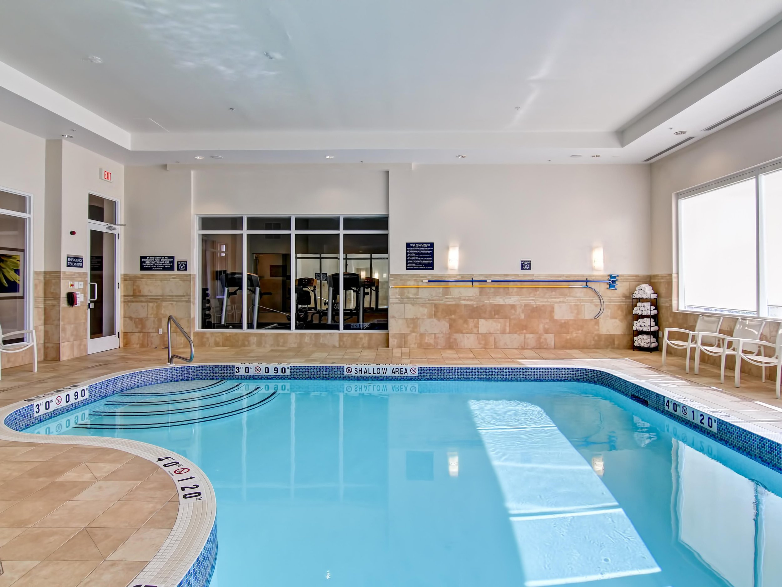 Holiday Inn Express & Suites Toronto Markham - This warm and cozy pool in a vibrant neighbourhood of Markham is perfect for learning adult swimmers and children. Enjoy amenities such as towel service, free wifi and parking, and lounge chair seating.