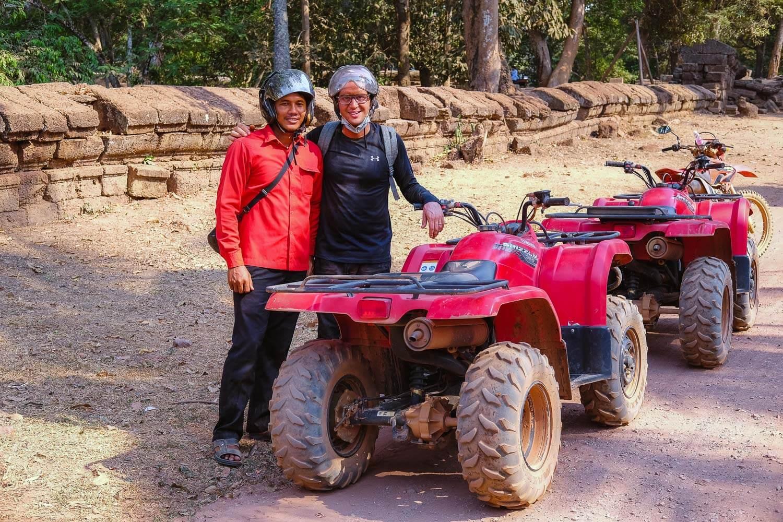 Pee from Quad Adventure Cambodia.     #siemreap #taprohm #travelguide #angkorwat #siemreapitinerary #cambodia #travelphotography #landscapephotography #fujifilm #siemreapprivatetour #atv #quad