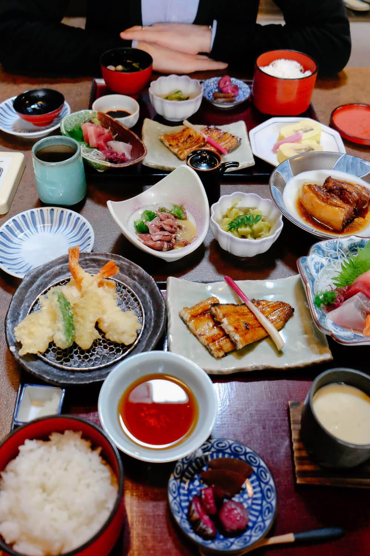 Tempura, eel, squid, bamboo shoots, sushi and much more at the traditional Edogawa Naramachi in Nara