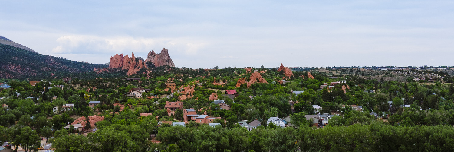 """View of the Garden of the Gods from Manitou Springs, Colorado Springs. Travel photography and guide by © Natasha Lequepeys for """"And Then I Met Yoko"""". #colorado #usa #denver #redrocks #geology #coloradosprings #travelguide #photoblog #travelblog #travelphotography #landscapephotography #coloradoitinerary #fujifilm #hiking #nature #manitousprings #getoutdoors #deer #nationalpark #gardenofgods"""
