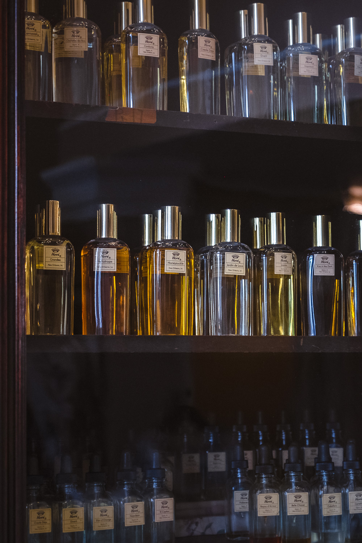 """""""Hové Parfumeur"""" - Quality perfumes, excellent service. Address: 434 Chartres St."""