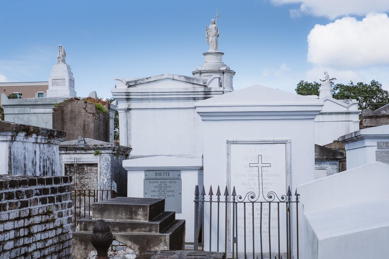 "St. Louis No.1 Cemetery. Travel photography and guide by © Natasha Lequepeys for ""And Then I Met Yoko"". #neworleans #nola #travelguide #photoblog #travelblog #travelphotography #travelitinerary #fujifilm #usa #visitnola #weekendgetaway #travel #neworleans3dayitinerary #cemetery #stlouisno1 #tombs #rip #graveyard #nolatour #nolaweekend"