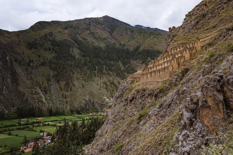 "Inca ruins, The Sacred Valley, Peru. Travel photography and guide by © Natasha Lequepeys for ""And Then I Met Yoko"". #travelguide #photoblog #fujifilm #machupicchu #ValleSagrado #travel"