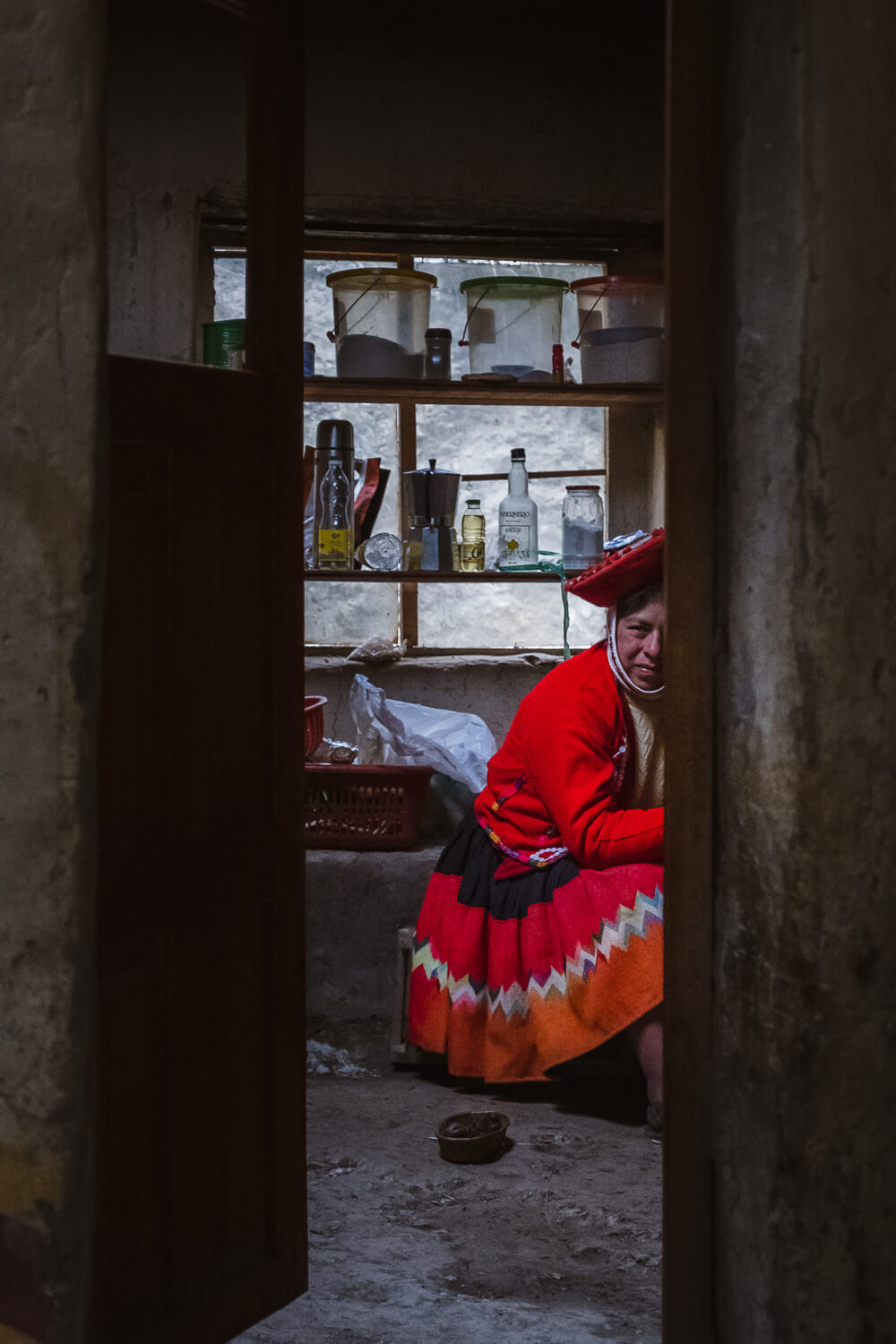"""Inside a home of the weavers of Patacancha, The Sacred Valley, Peru. Travel photography and guide by © Natasha Lequepeys for """"And Then I Met Yoko"""". #peru #sacredvalley #patacancha #photoblog #travelblog #travelphotography #portraitphotography #travelitinerary #fujifilm #weaving #tradition #culture #people #andes #village #weavingdemonstration #cusco #ollantaytambo #travel #travelperu"""