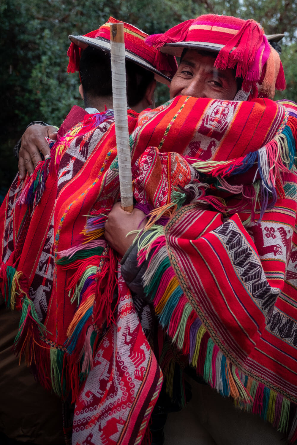 """Saying goodbye to the weavers of Patacancha, The Sacred Valley, Peru. Travel photography and guide by © Natasha Lequepeys for """"And Then I Met Yoko"""". #peru #sacredvalley #patacancha #photoblog #travelblog #travelphotography #portraitphotography #travelitinerary #fujifilm #weaving #tradition #culture #people #andes #village #weavingdemonstration #cusco #ollantaytambo #travel #travelperu"""