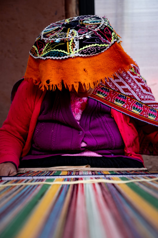 "Woman weaving, Cusco. Travel photography and guide by © Natasha Lequepeys for ""And Then I Met Yoko"". #cusco #peru #photoblog #travelblog #peruitinerary #cuscoitinerary"
