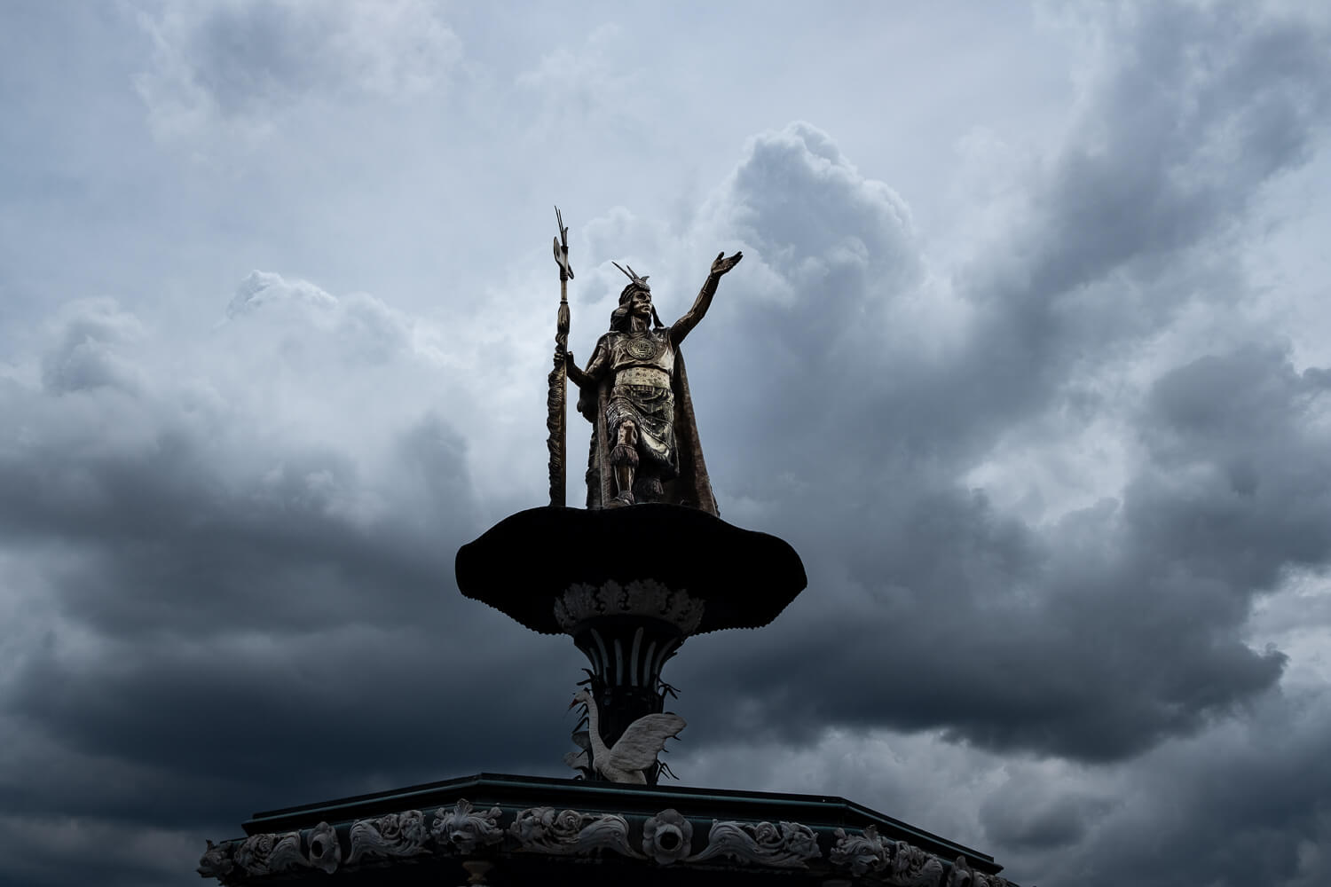 """The statue of Pachacuti in the Plaza de Armas, Cusco. Travel photography and guide by © Natasha Lequepeys for """"And Then I Met Yoko"""". #cusco #peru #photoblog #travelblog #peruitinerary #cuscoitinerary"""