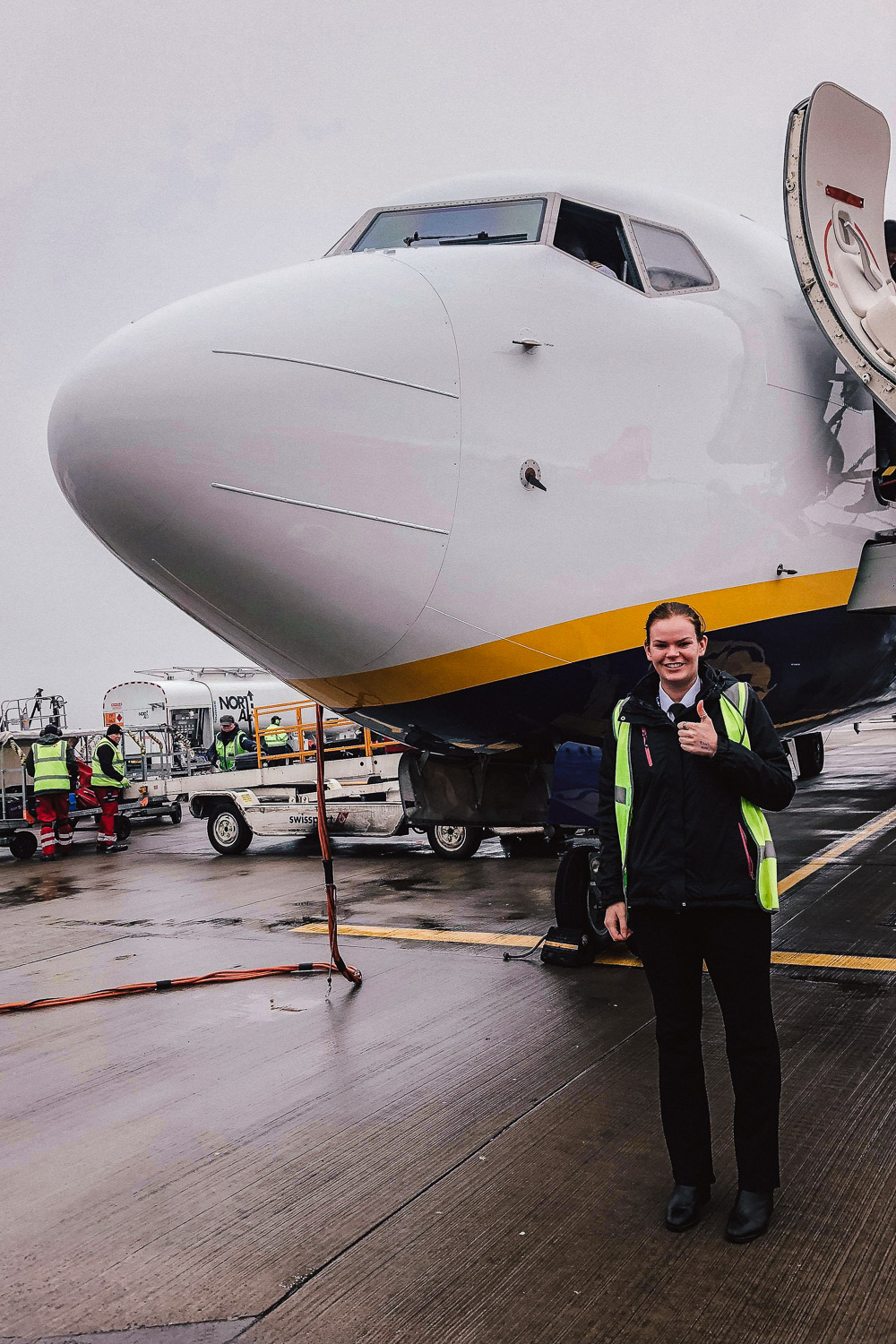 Sarah Dunglinson, pilot for Ryanair - answers common questions about airline travel.