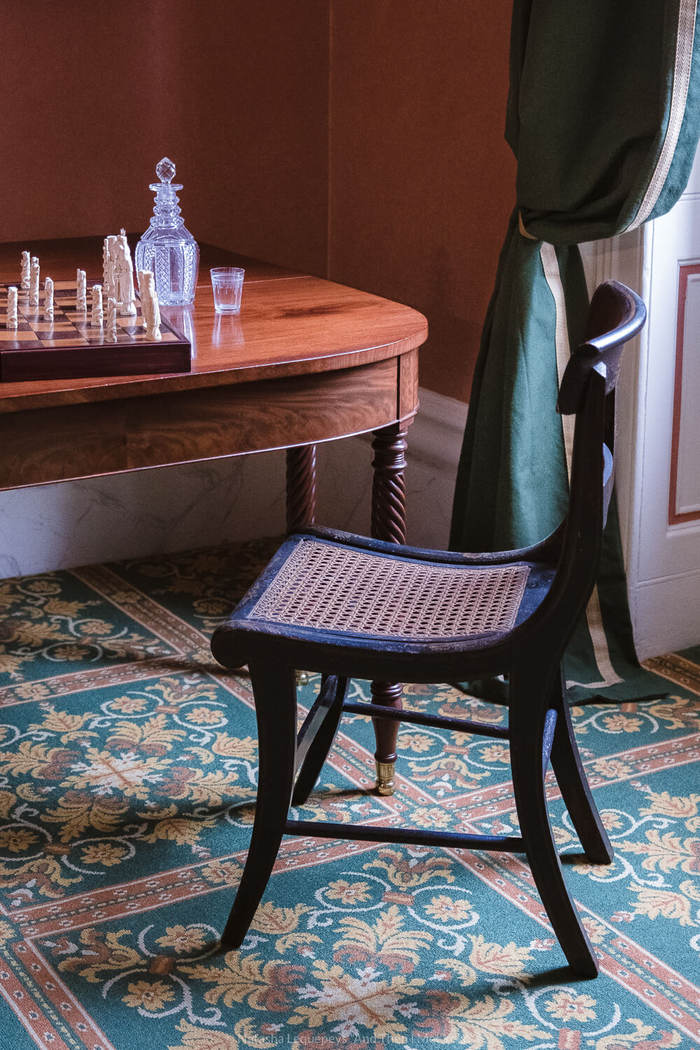 """Tour inside the Thomas-Owens house. Travel photography and guide by © Natasha Lequepeys for """"And Then I Met Yoko"""". #savannah #usa #travelphotography #travelguide #travelblog"""