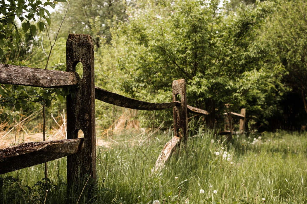 imperfect, broken fence
