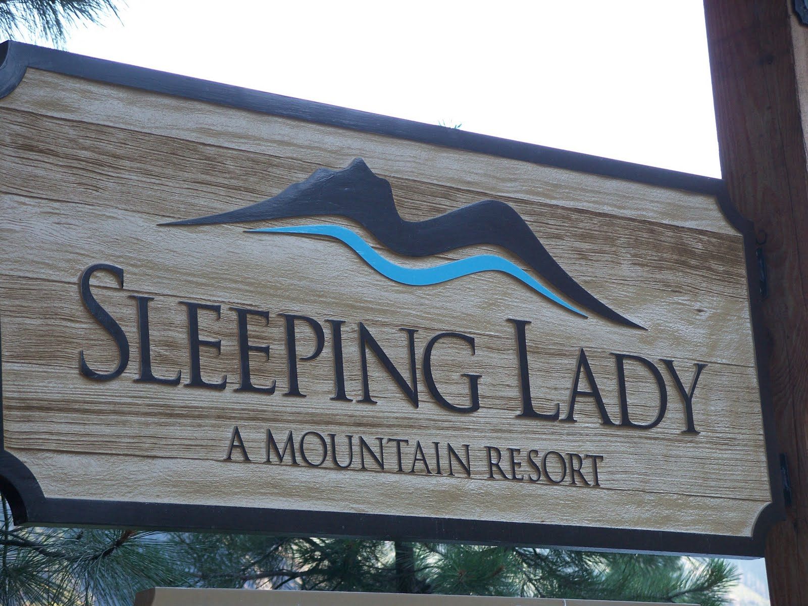 Sleepingladysign.jpg
