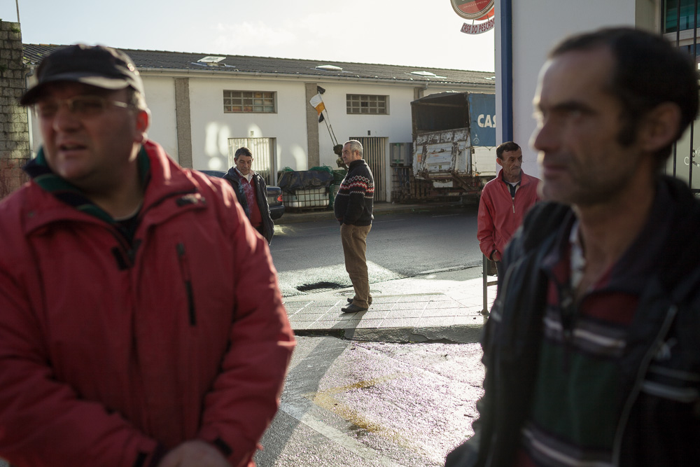 December 17, 2011 - Laxe (La Coruña). Percebeiros talk outside the bar of the port. © Thomas Cristofoletti 2011