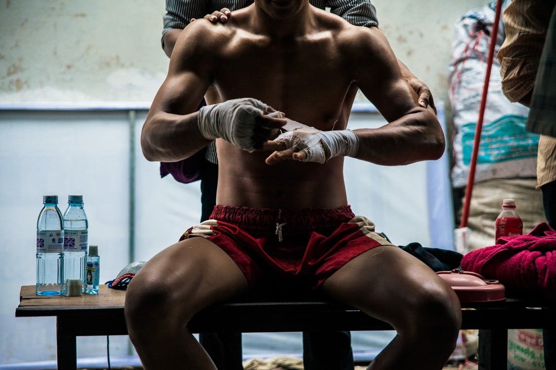 An afternoon in the arena: Neak Pradals (cambodian boxers)