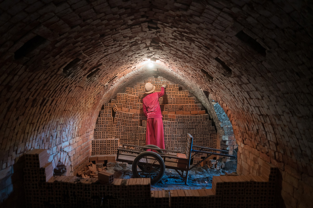 Blood Bricks - Untold Stories of Modern Slavery and Climate Chan