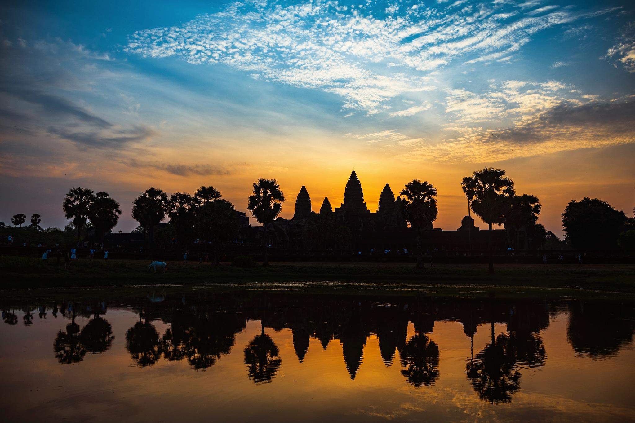 CambodiaRetro00001.jpg
