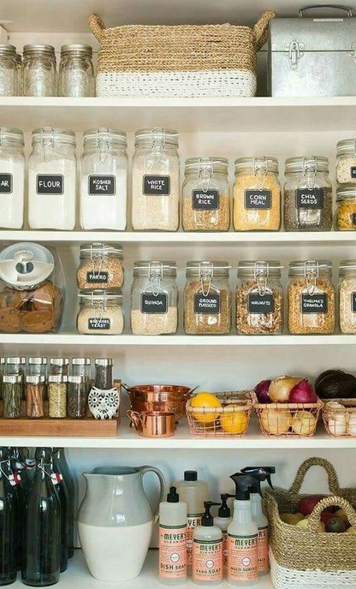 1. Kitchen Space-Saver - By always organizing and separating your grocery items, you can always be one step ahead of the clutter that comes after each grocery trip. Rather than just throwing bags and containers into their assigned cupboards, purchase some mason jars and baskets to strategically keep your food items always in place.Image credits: bricobistro.com via Pinterest