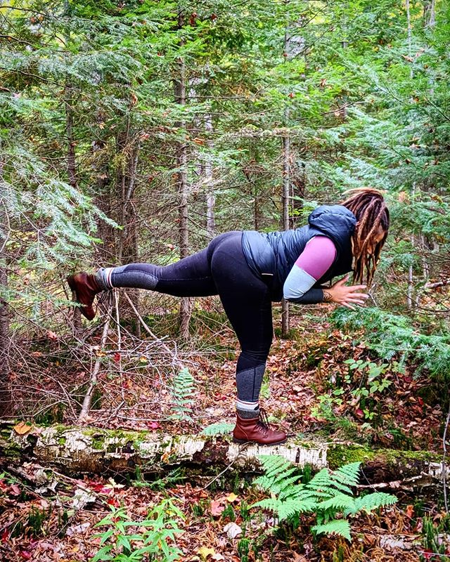 🌲🌲🌲Forest bathing, yoga posing, spontaneous meditating, and day dreaming with my girl @micaeladem 🌌✨🧙 #SelfCare #FlowState #KeepMyStaffSafe #TellNathan #IllAttachANote 📝 . . . 📿🧘🎨👩‍🍳👟🌲What do you love doing that puts you 100% right here and now in this moment and completely fills you up? 💭💭💭 For me it's always different depending on the season, on what's been draining me, and on what my intuition is guiding me towards. Take a second. Take a deep breath in...and a deep breath out. What do you need right now? 🌻 Happy #SelfCareSunday