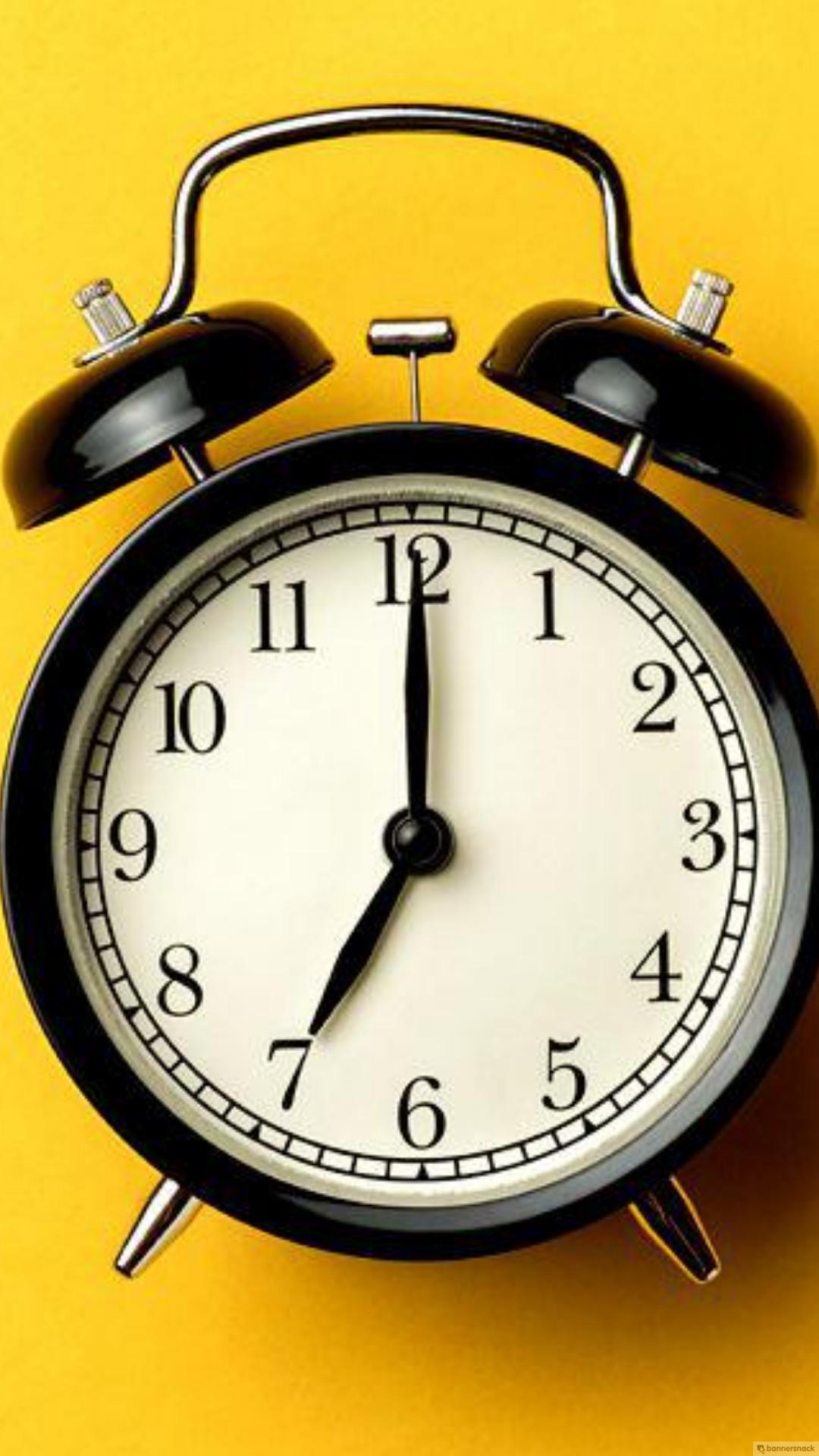 19. Jam Perdagangan Bursa - Beli dan jual saham tidak bisa dilakukan setiap waktu, ada aturan mengenai jam perdagangan bursa.Baca selengkapnya : Jam Perdagangan Saham