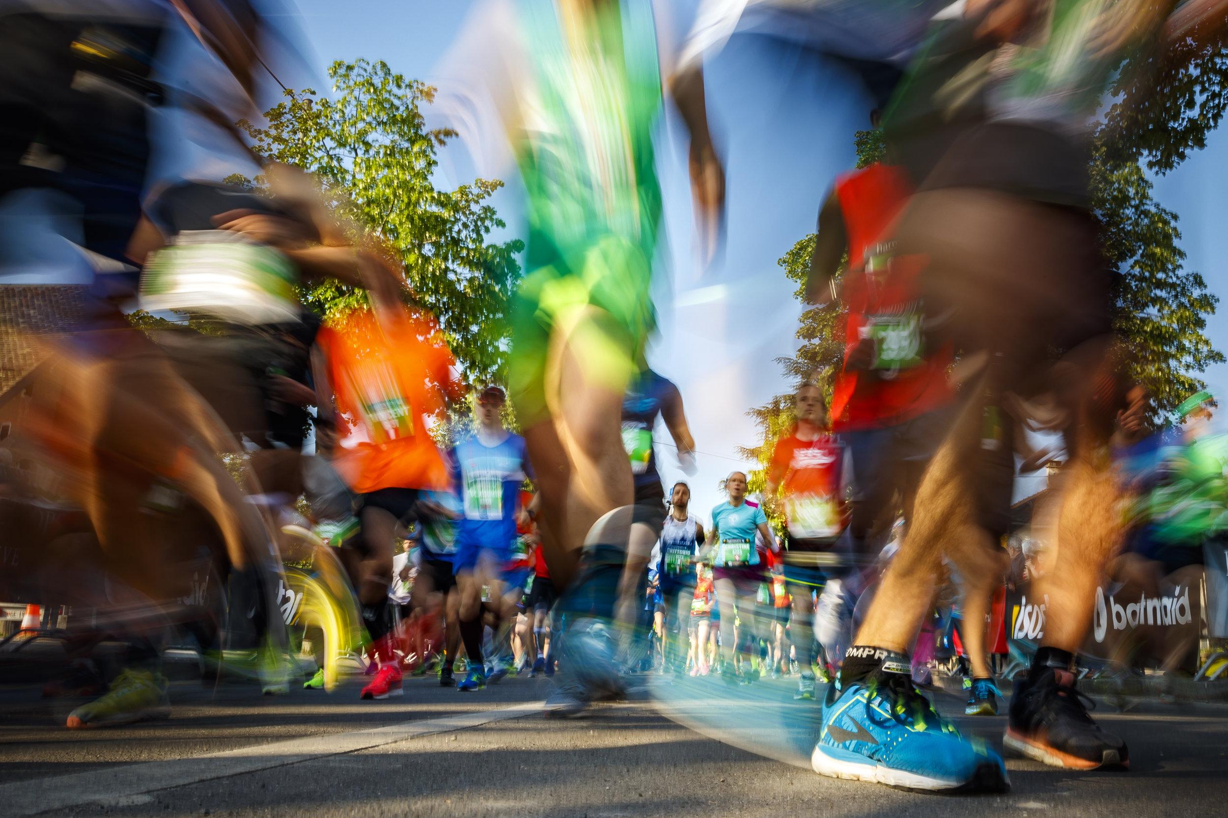 Participants start their semi-marathon race at the 14th Geneva Marathon for UNICEF, in Geneva, Switzerland, Sunday, May 6, 2018. (KEYSTONE/Valentin Flauraud)