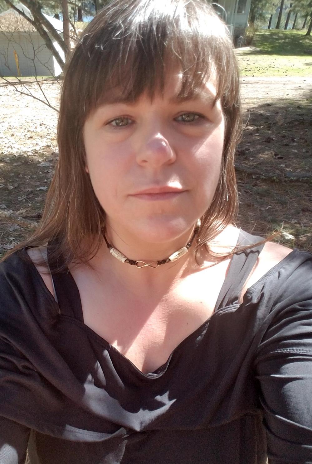 Anne Blakemore - 40453 North Shore DriveLoon Lake, Washington USA(509) 951-5907expressyouroils@gmail.com