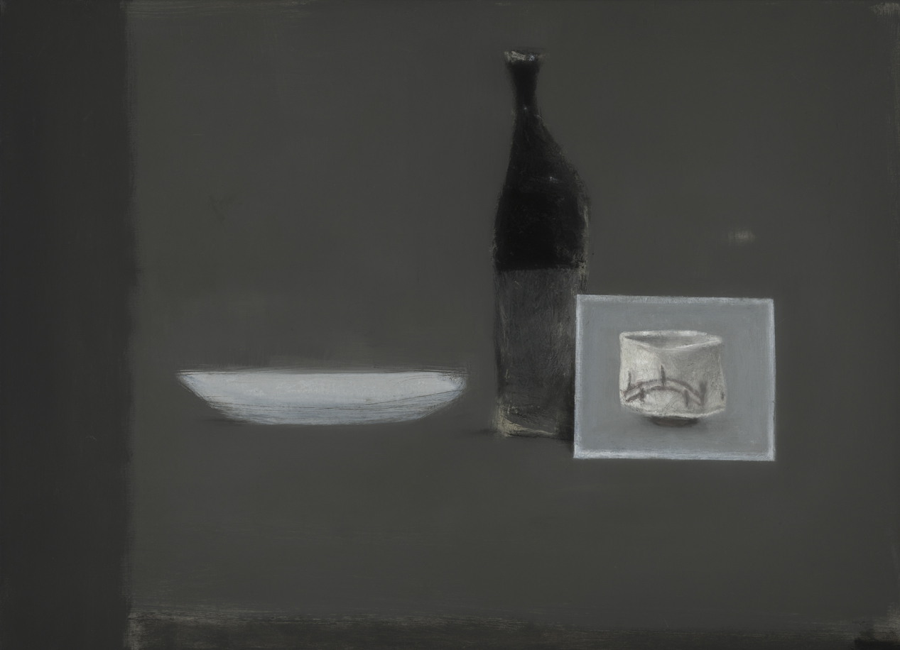 Postcard & white dish , 2017  oil on canvas  66 x 91.5 cm