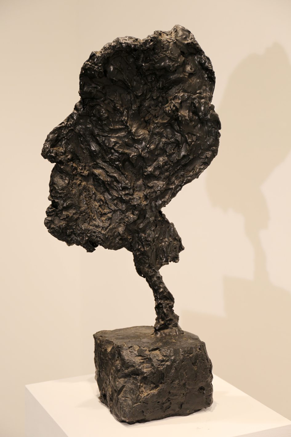 Kevin Connor   Head V , 2000  bronze, edition 5 of 5  71.5 x 35 x 26 cm