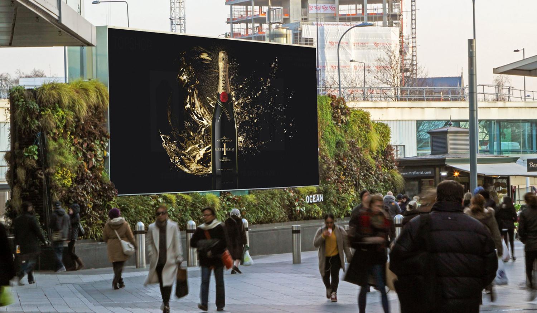 London Fashion Week Advertising:  Westfield, London Digital Billboard
