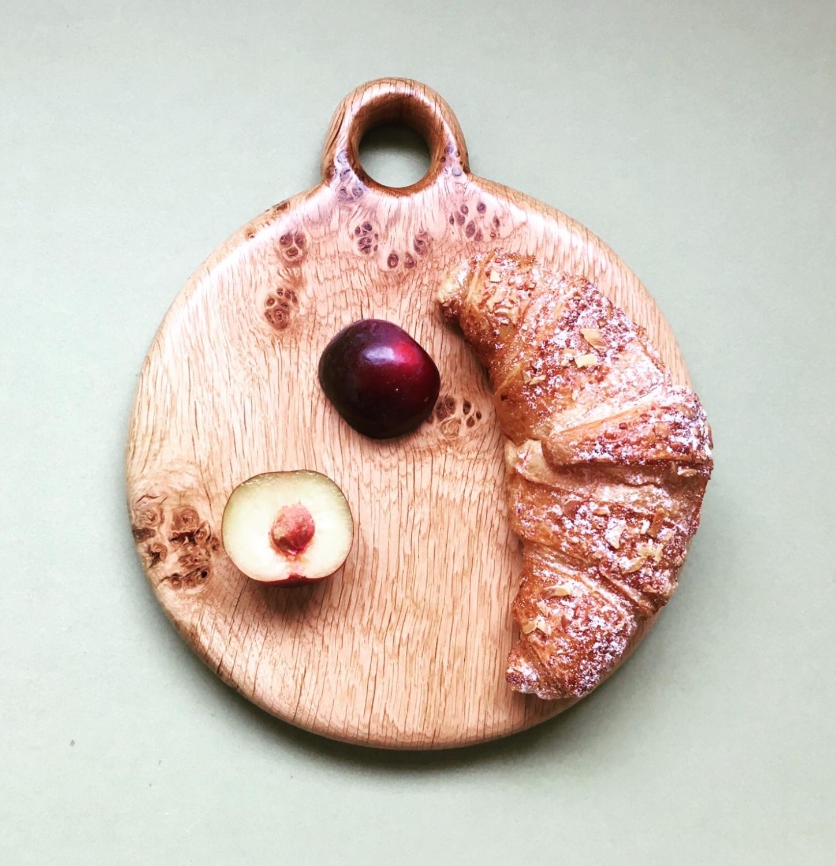 Pippy oak serving / cutting board