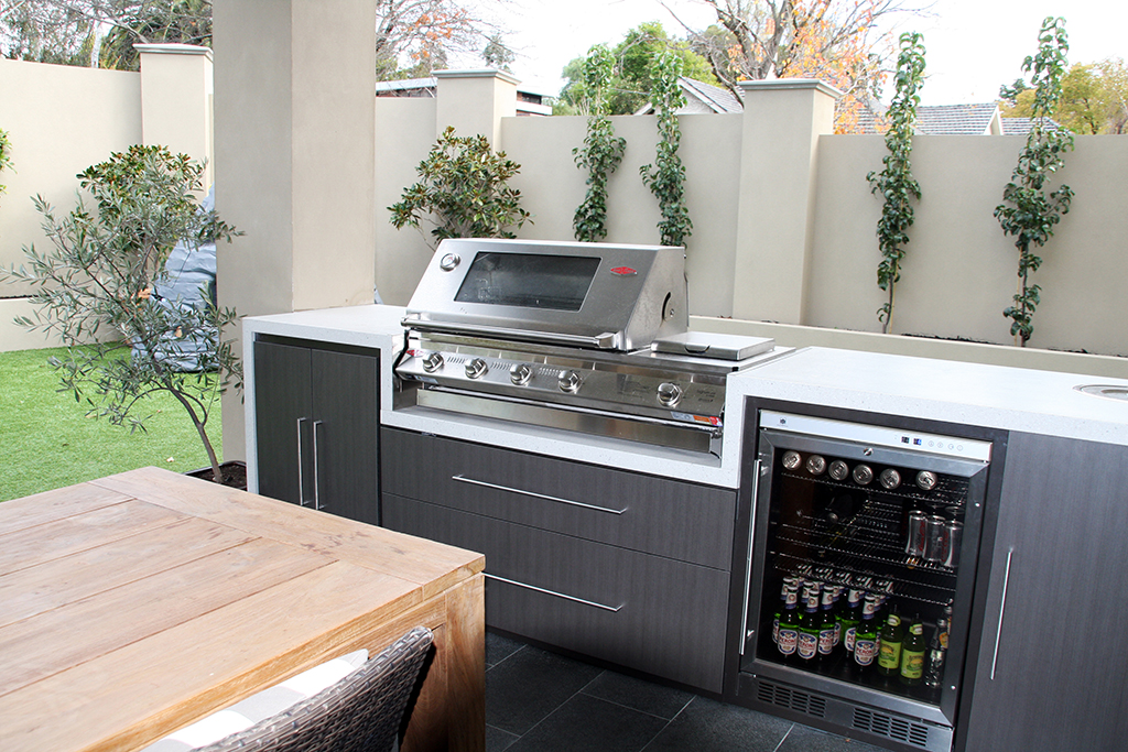 Outdoor Kitchen_9.jpg