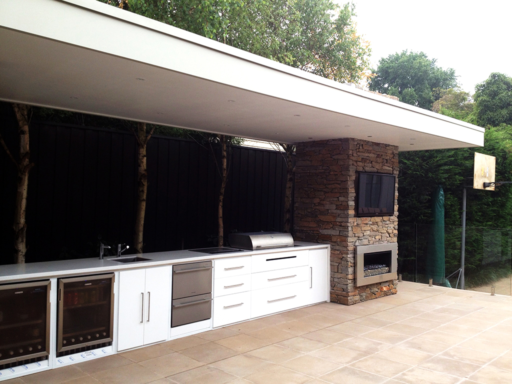 Outdoor Kitchen_15.jpg