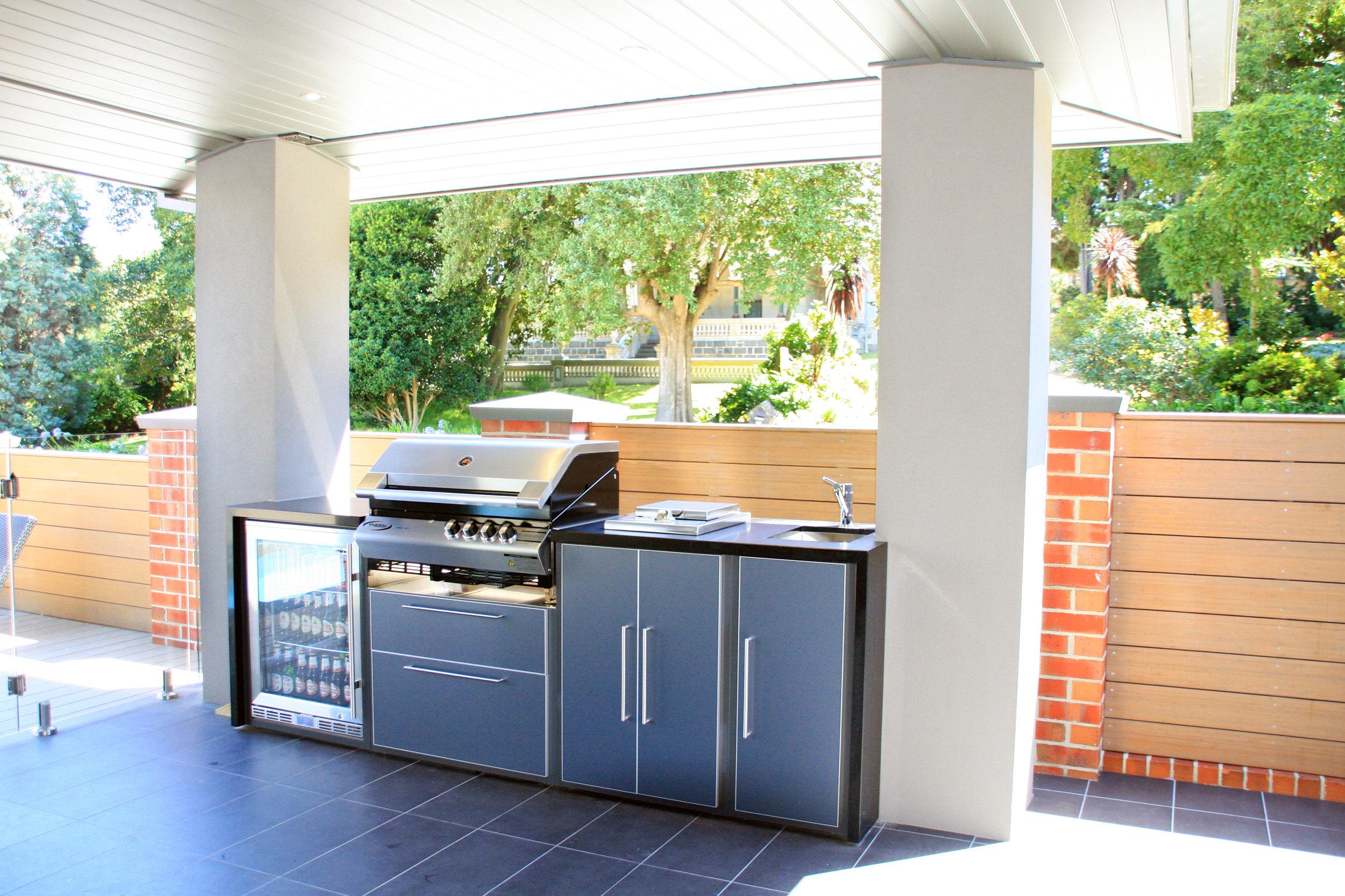 Outdoor-Kitchen-Ivanhoe-East.jpg